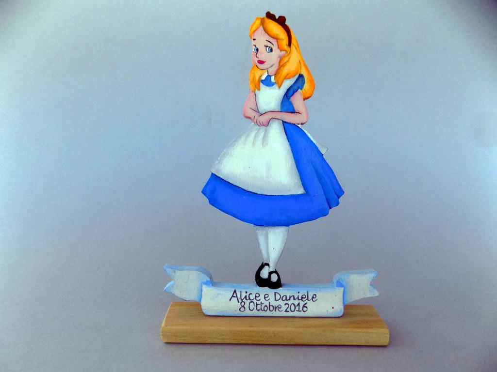 Centrotavola-Alice-nel-paese-delle-meraviglie-Alice